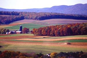 Pennsylvania farm in the fall